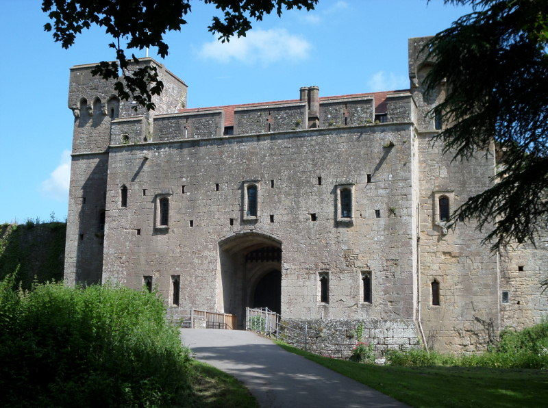 Caldicot Castle, Monmouthshire - Pianist South Wales